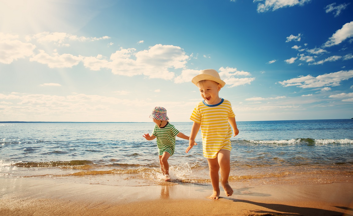 Suntan as beauty ideal hinders sun protection for children